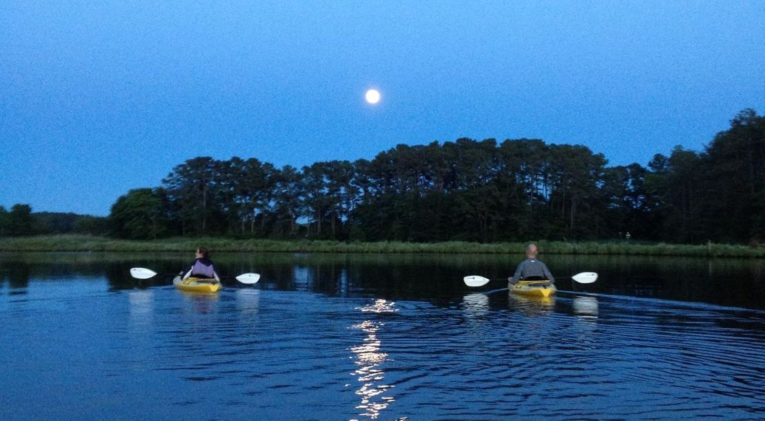 Full Moon Kayak and Stand Up Paddle Board